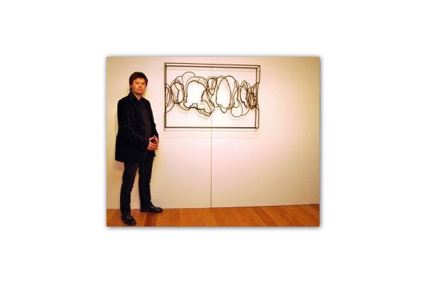 Líneas de hierro de Diego Canogar 2010